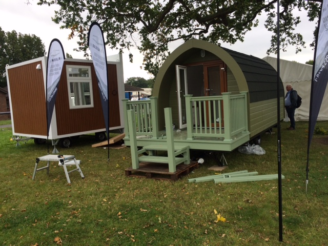 Glamping Show - Showers for Glamping